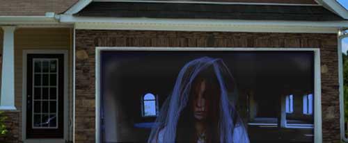 Halloween Ghost Projection on Garage Doorway Projection Screen